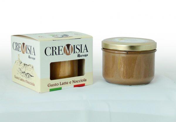 cremisia crema spalmabile al latte e nocciola